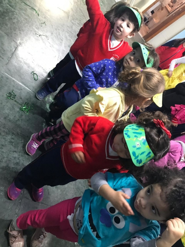 Berçário e Maternal Jardim Brasil - Jardim Escola 4 Anos